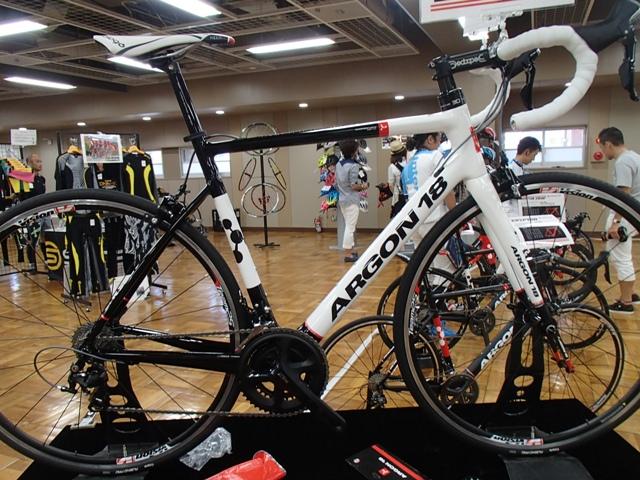 自転車の 自転車 コンポーネントとは : ARGON18」タグの付いた記事